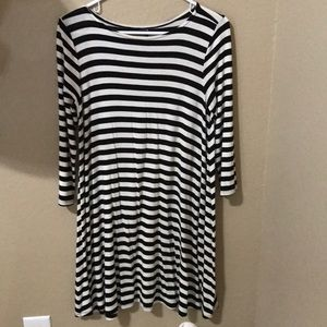 Striped dress with 3/4 sleeves
